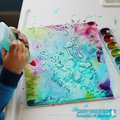 Das wird wahrscheinlich eine riesen Schweinerei im haus, aber um so mehr Spaß macht es dann auch:) Bilder mit den Kindern malen mit Wasserfarbe, Salz und Kleber