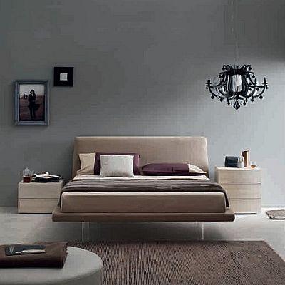 Contemporary, elegant 'Quarzo' bed by Orme