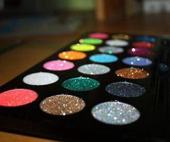 Sephora glitter eye shadows, makeup , preparation, before the show