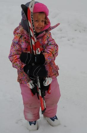 A Family That Skis Together, Stays Together ~ ParentSource.ca Durham Region's Parent and Kid's Guide