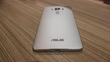 Hands-on review: UPDATED: Asus Zenfone 3 Deluxe -> http://www.techradar.com/1322743  Introduction design and display  Update: The Asus Zenfone 3 release date is imminent making it the first phone with a Snapdragon 821 processor. It's combined with another specs rarity: 6GB of RAM. Here's how it performs so far.  Zenfone 3 Deluxe represents a major upgrade to Asus' spelling-challenged smartphone series with a component design and specs you won't find on any other Android today.  The phone is…