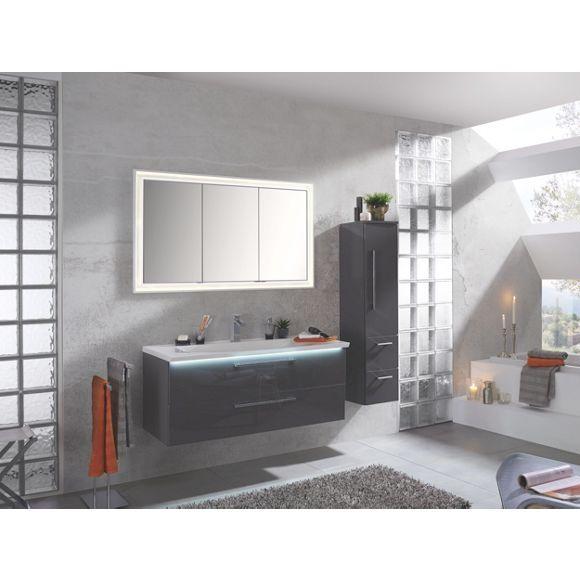Elegantes Badezimmer In Grau Und Modernem Design Von NOVEL