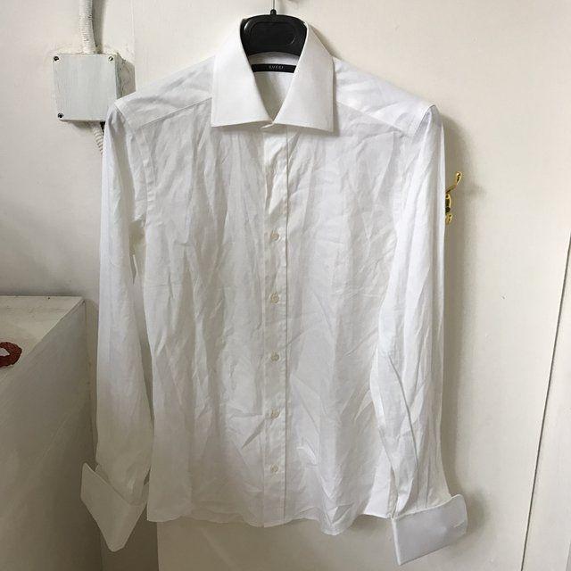 Camicia bianca uomo Gucci senza gemelli #misura collo 40 #vantovintage #negoziovintage #paganivintage #viacomunaleamalfitana9v #modavintagepagani #secondhand #moda #shopping #idearegalo #vantopagani