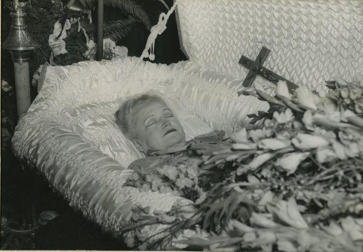 17 Best images about The dead body on Pinterest | Frances ...
