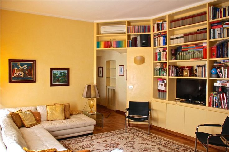 This 2 bedrooms apartment in Via Pacini, Rome is now on the market. Contact us today to arrange a viewing.