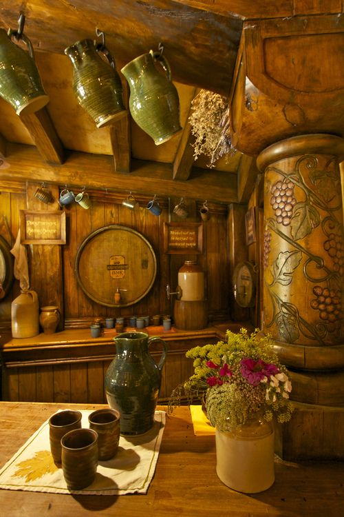 The Green Dragon Inn, Hobbiton, Matamata, New Zealand. // I want to run away from home and go work there. // <--- I'll come too! Perhaps they need a baker?