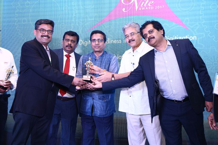 TECHNICHE CONSULTING is awarded as the BEST SYSTEM INTEGRATOR-KOLKATA is being awarded by Vinit Goenka, Member-IT Taskforce, Ministries of Shipping, Road Transport & Highways, Rajiv Kapoor (VP Sales (India & SAARC)- Cambium Networks and Savitur Prasad, Addl. CGDA, Ministry of Defence and Deepak Sahu, Publisher & Group editor- VARINDIA & Kalinga Digital Media.