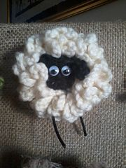 Yarnie the Sheep ~ free pattern ᛡ