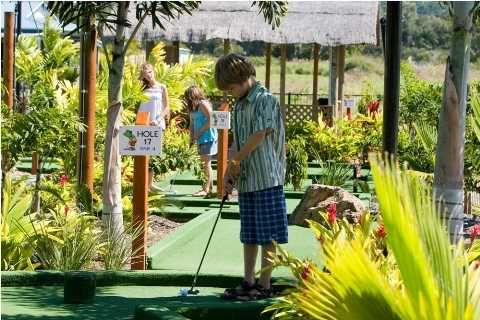 When did you last play mini golf as a family? Hire some clubs from reception and spend a few hours under the shady palms surrounding our in-house mini golf course.