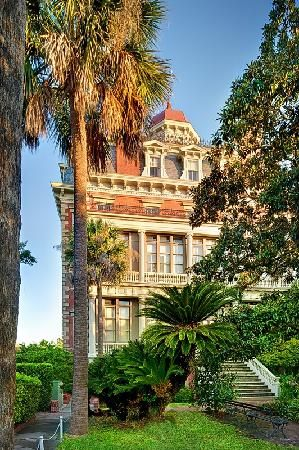 Wentworth Mansion, 149 Wentworth, Charleston, SC = home of Circa 1886. favorite restaurant in Charleston.