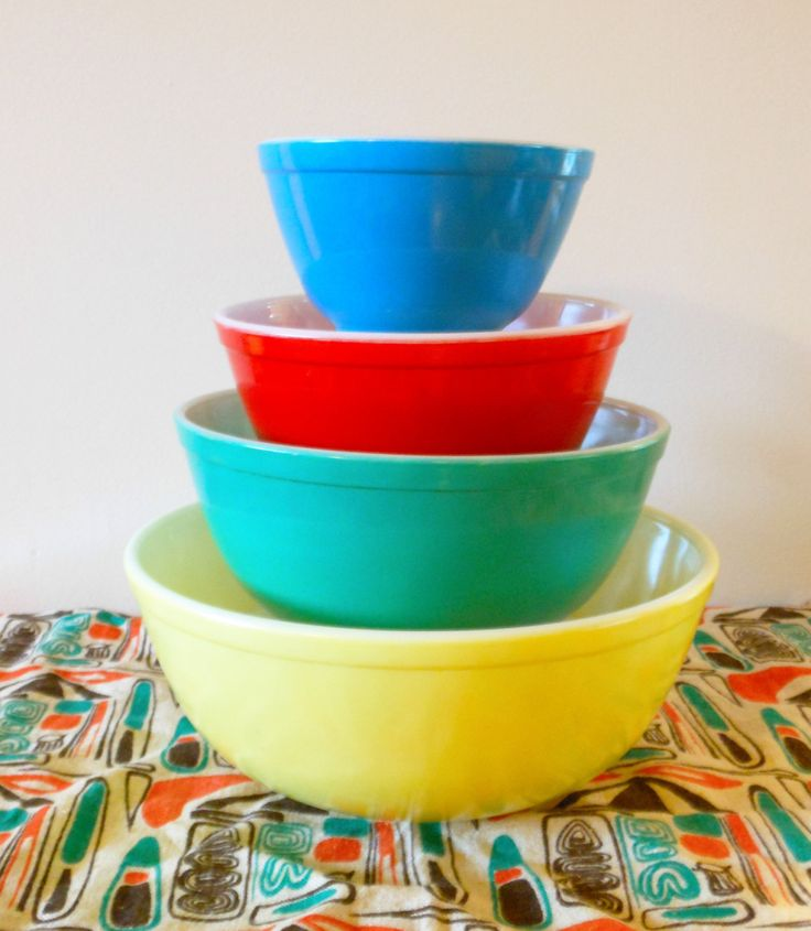Pyrex Primary Nesting Bowls Pyrex Primary Mixing Bowls Pyrex Yellow Pyrex Green Pyrex Red Pyrex Blue Pyrex 401 Pyrex 402 Pyrex 403 Pyrex 404 by AKitschIsJustAKitsch on Etsy