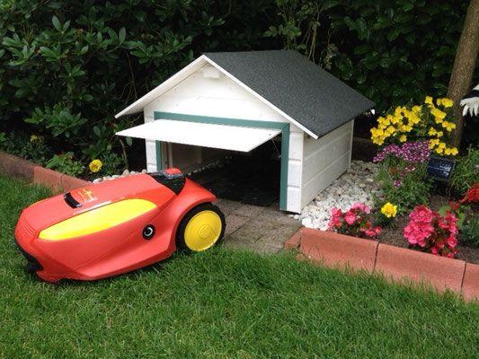 die besten 25 rasenroboter ideen auf pinterest garage m hroboter garage f r m hroboter und. Black Bedroom Furniture Sets. Home Design Ideas