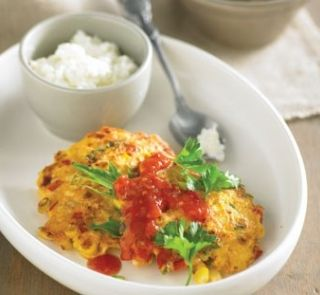 Sweetcorn fritters with tomato chutney | Healthy Food Guide