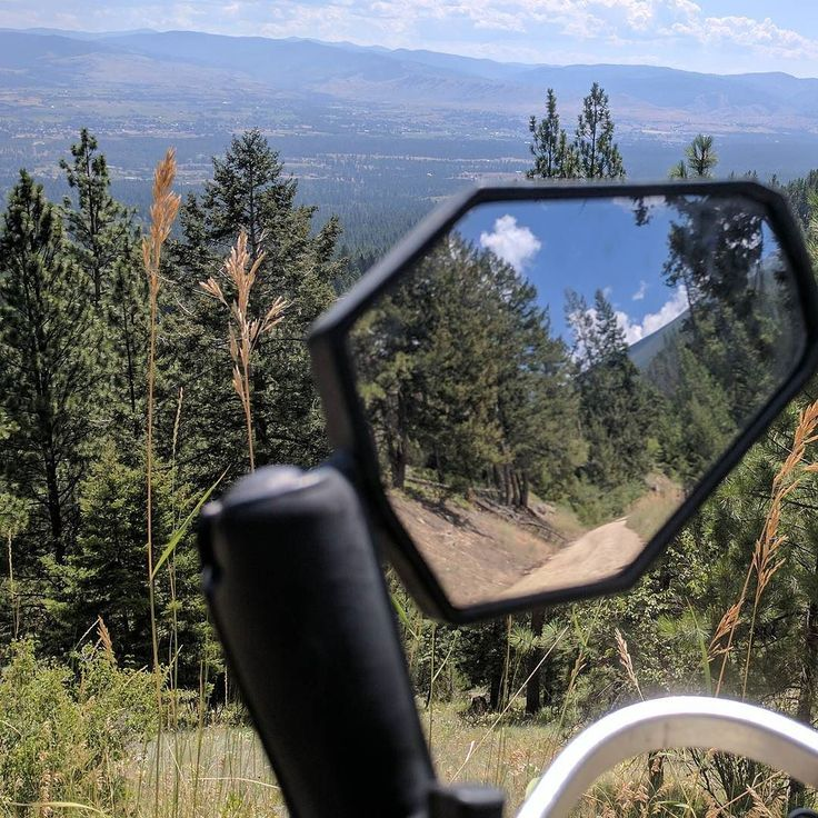 #doubletakemirrors allow you to see beauty in every direction.  #womanadvriders #daretoexplore #beauty