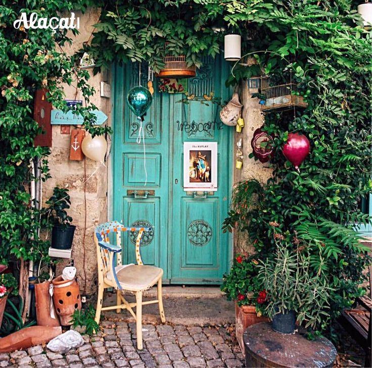 土耳其愛琴海風情小鎮:阿拉恰特街景。 ©sezyilmaz
