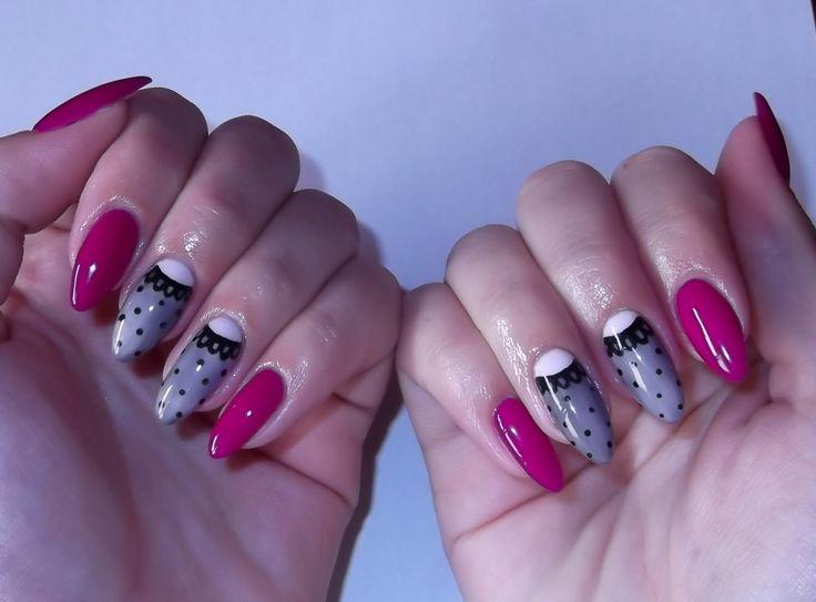 Koronkowy hybrydowy manicure Semilac