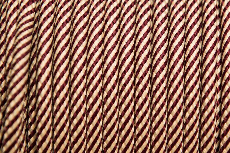 Rendelj tilka bordóbézs spirál színes vezetéket méterre vagy kérd design lámpaként antik izzóval vagy hosszabbítóként. tilka.hu