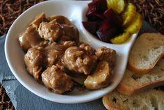 Délices & Confession: Râgout de boulettes (porc) à la mijoteuse