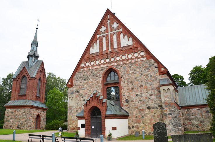 Pyhän Laurin kirkko  kesä 2015 Kuva: Lotta Numminen