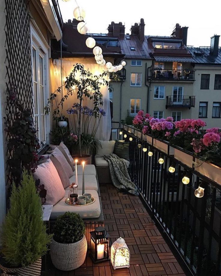 Studio apt with a little outside space ~ all I need