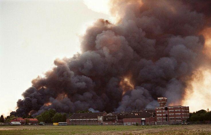 Nederland, Enschede, Vuurwerkramp 13-05-2000, Roombeek