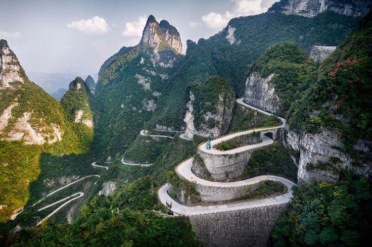 99 vuelcos al corazón - La magia natural de China: enamórate de Tianmén y Zhangjiajie