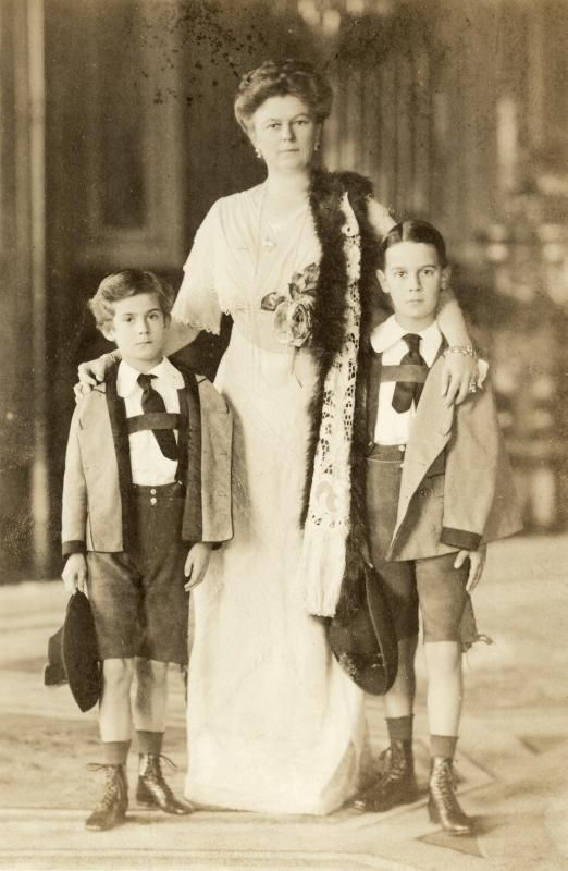 Sophie von Hohenberg with her sons Max and Ernst