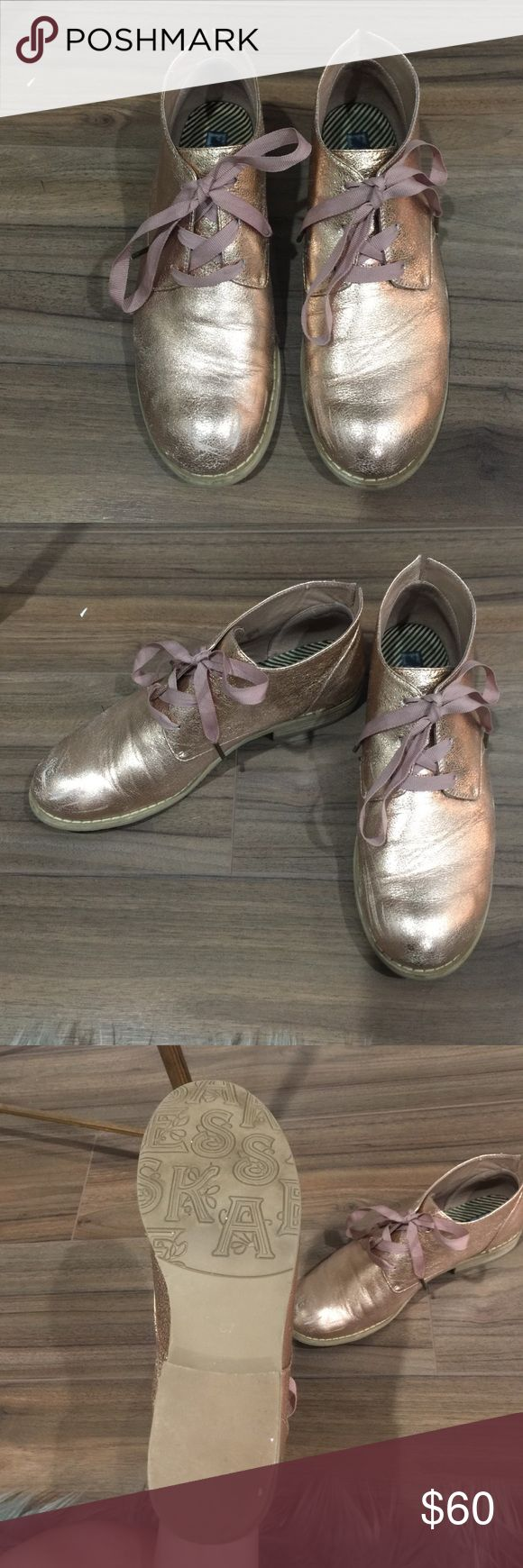 Rose Gold ankle boots Worn once, rose gold ankle boots that add a metallic glint to any outfit! esska Shoes Ankle Boots & Booties