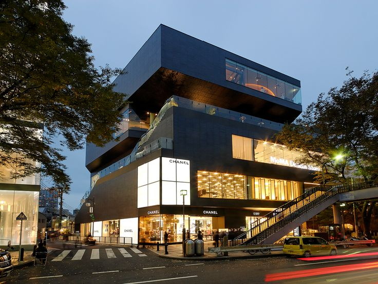 Shopping center architecture thesis report