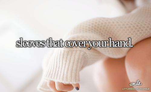 sleeves that cover your hand | via Tumblr