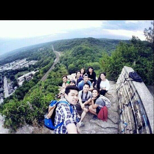 Dundas Peak with the squad.