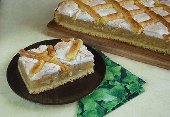 Krémes-habos almás pite recept képpel. Hozzávalók és az elkészítés részletes leírása. A krémes-habos almás pite elkészítési ideje: 85 perc