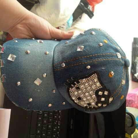 #topi #denim #hellokitty @ 85.000