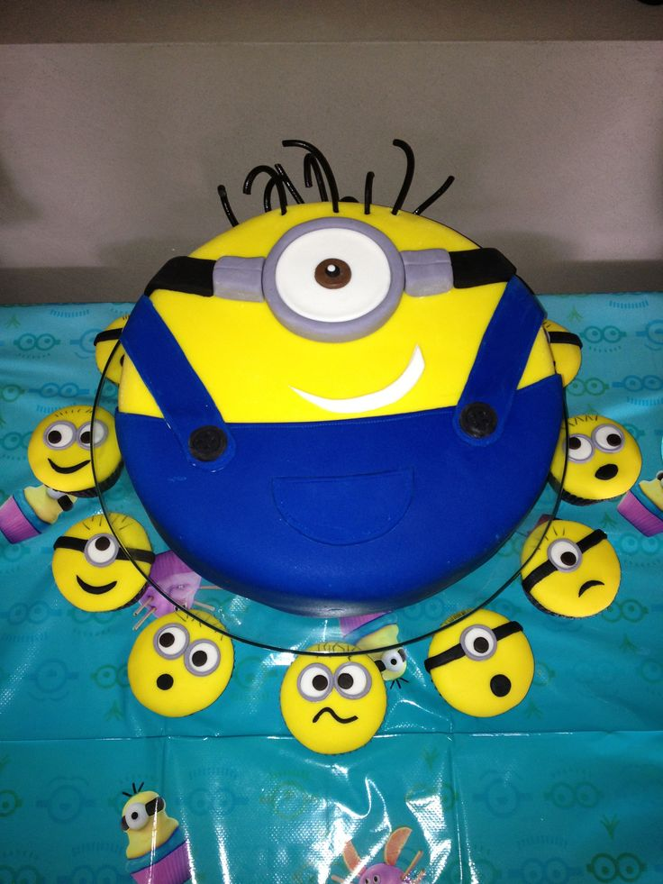 Minion Cake and cupcakes for the Karen's twins.