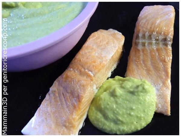 Filetti di salmone con salsa di avocado - Menu verde e rosa per Genitoricrescono http://genitoricrescono.com/menu-verde-e-rosa-per-mettere-daccordo-tutti/
