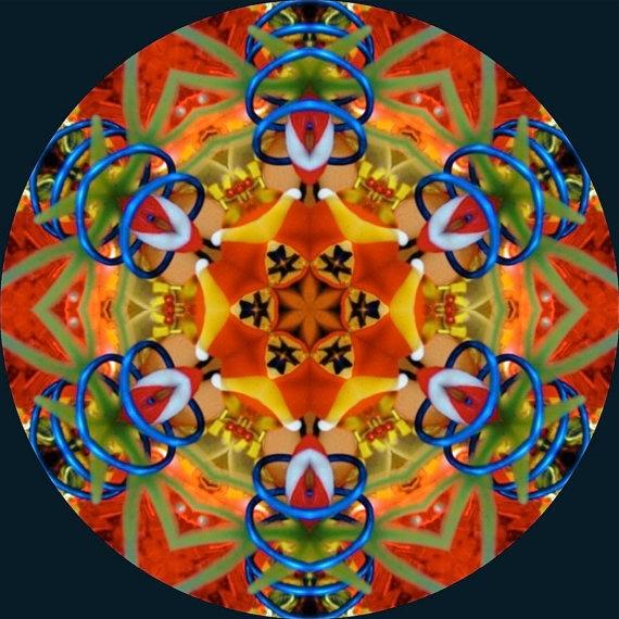 Amazing kaleidoscopes by judithpaulscopes on Etsy.