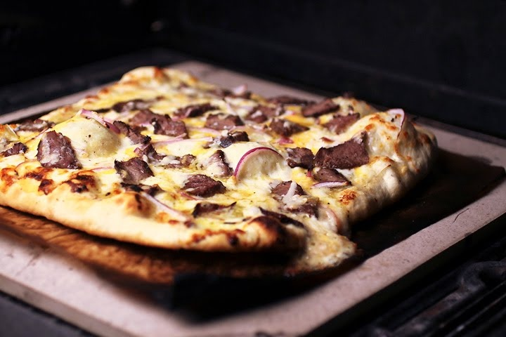 1000+ images about Pizza on Pinterest | Cheddar, Zucchini and Bacon