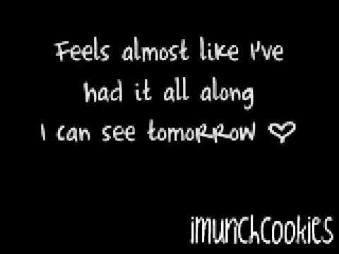 Superhuman - Chris Brown ft. Keri Hilson [ With Lyrics ]