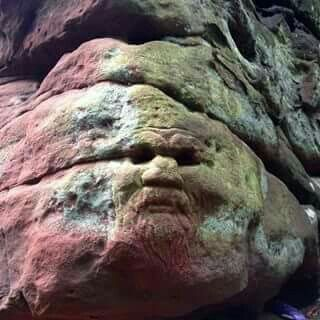 ✴A face in the rock at Dunino Den, an ancient pagan place✴