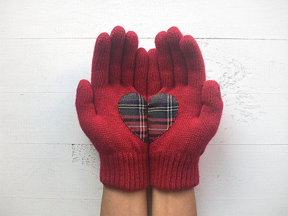 VALENTINE'S DAY Gift, EXPRESS Shipping, Heart Gloves, Deep Red Gloves, Plaid, Gift For Her, Valentine Gift Idea, Hearts, Girlfriend Gift