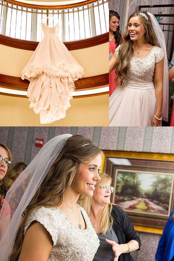 Jessa Duggar's Wedding. She is the most beautiful women i ever saw I my life.
