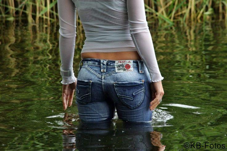 Мокрые джинсы фото, покажи сиськи за деньги просмотр в онлайн