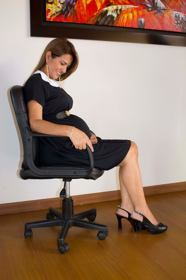 Vestido de maternidad para la oficina. Práctico y elegante. Información en facebook dreams for mom , correo dreamsformom@gmail.com