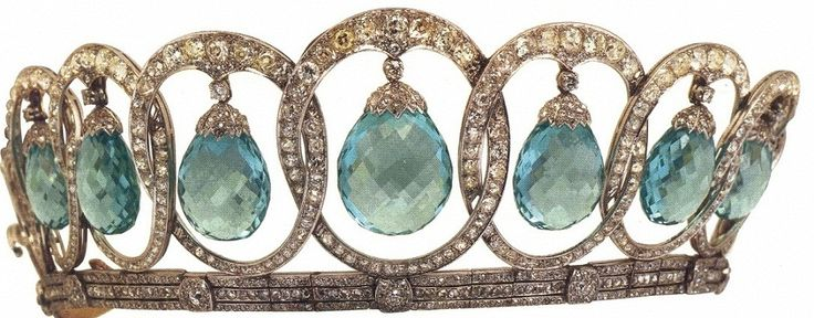Queen Victoria Eugenie of Spain's aquamarine tiara