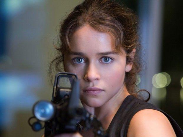 A atriz Emilia Clarke em cena de 'O exterminador do futuro: Gênesis' (Foto: Divulgação)
