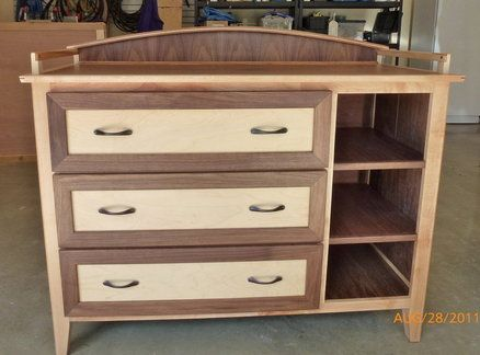 Changing Table / Dresser