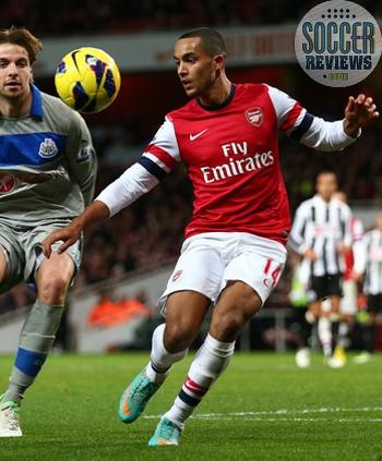 Theo Walcott Arsenal Vapor VIII