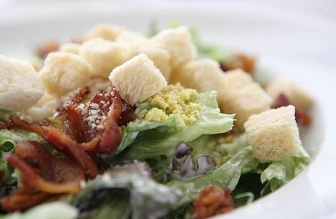 Cezar salata: savršeni spoj ukusa