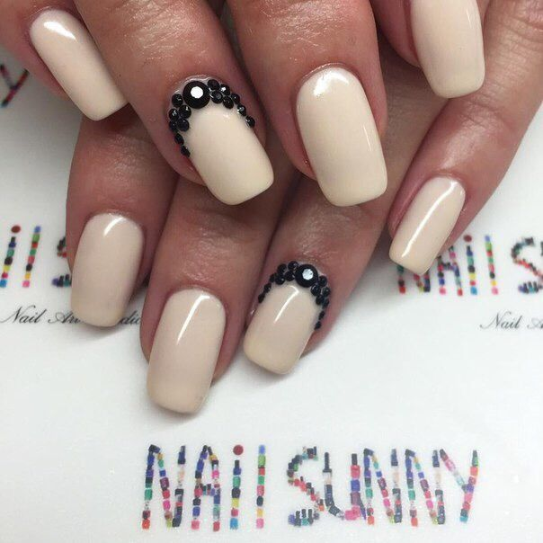 Best 25 business nails ideas on pinterest dot nail designs best 25 business nails ideas on pinterest dot nail designs accent nail designs and purple nail designs prinsesfo Images
