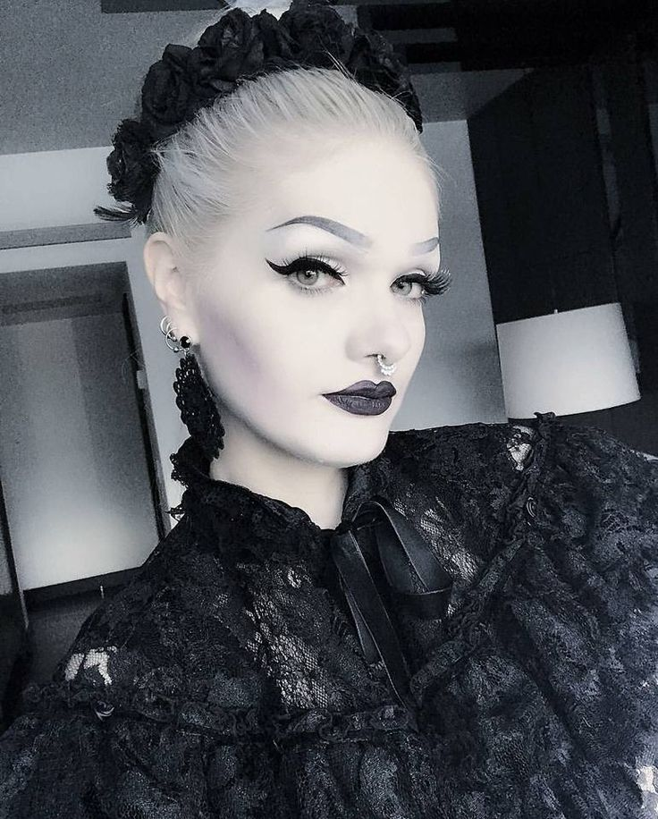 Pin By Bethany Walker On Kiss And Makeup Pinterest